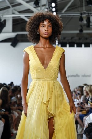 New York, USA - September 6, 2018: A model walks runway for the Pamella Roland Spring/Summer 2019 runway show during New York Fashion Week at Pier 59 Studios, Manhattan