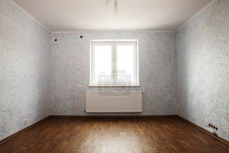 Photo pour Chambre vide dans laquelle la réparation est terminée pour la location ou la vente - image libre de droit