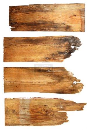 Photo pour Vieilles planches en bois isolées sur fond blanc. gros plan d'un panneau en bois vide sur fond blanc avec chemin de coupe - image libre de droit