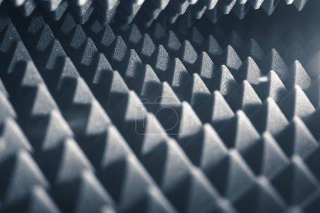 Foto de Fondo abstracto pirámide de espuma acústica - Imagen libre de derechos