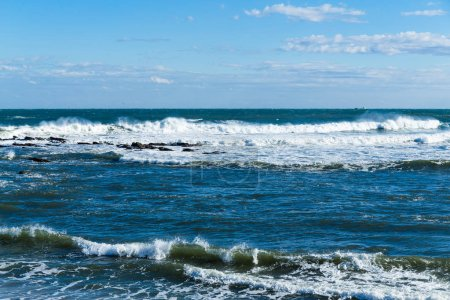 Photo pour Vue d'océan d'onde de mer - image libre de droit