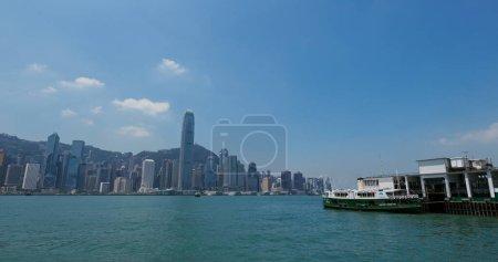 Photo pour Victoria Harbor, Hong Kong 07 septembre 2019 : Hong Kong skyline - image libre de droit