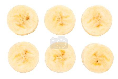 Foto de Rodajas de plátano pelado aislado sobre fondo blanco - Imagen libre de derechos
