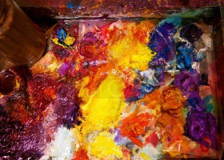 Photo pour Palette de l'artiste peintures huile - image libre de droit
