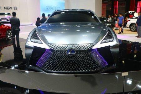 KUALA LUMPUR, MALAYSIA - December 1,2018 : Lexus L...