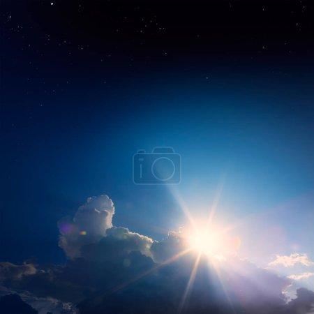 Foto de Mágico amanecer cielo estrellado; backgroun abstracto - Imagen libre de derechos