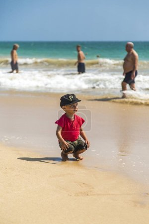 play, small, travel, young, people, cute - B237243098