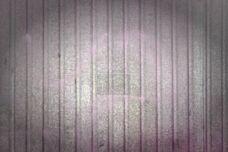 Photo pour Mur en tôle. Bel arrière-plan vierge avec débordements de couleurs. Texture en métal ondulé. Photo avec une vignette . - image libre de droit