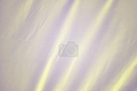Photo pour Fond avec une texture de soie. Un beau tissu gris avec plis. - image libre de droit