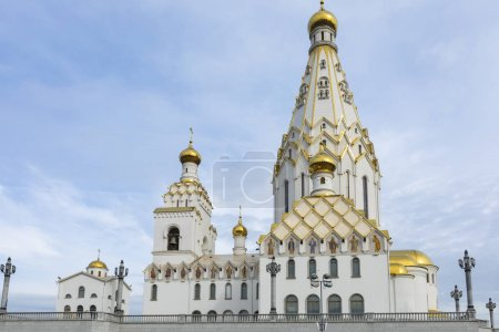 Photo pour MINSK, Biélorussie - 12 SEPTEMBRE 2018 : Église de la Toussaint à Minsk, Biélorussie. Eglise commémorative de Minsk de la Toussaint et en mémoire des victimes, qui a servi de notre salut national . - image libre de droit