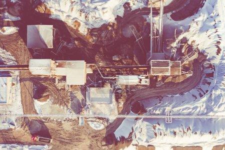 Photo pour Vue aérienne sur le bac à sable. Place industrielle en Pologne. Photo prise avec un drone . - image libre de droit