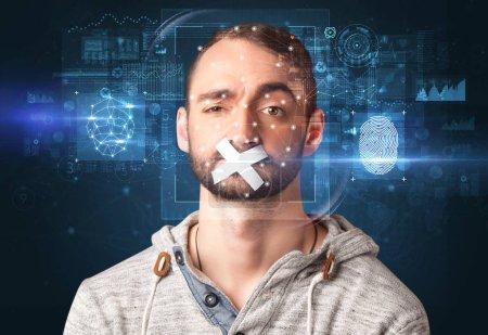 Photo pour Vérification biométrique - concept de détection du visage et des empreintes digitales - image libre de droit
