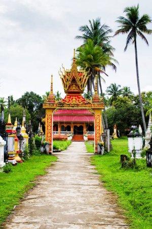 Photo pour Temple dans 4000 îles, Laos. - image libre de droit