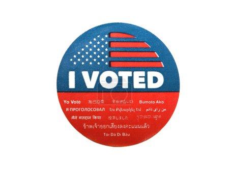 Photo pour Un autocollant isolé parfait que j'ai voté en plusieurs langues - image libre de droit