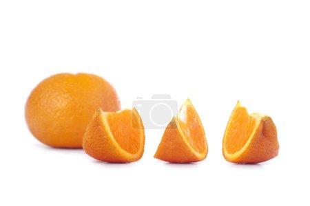 Photo pour Mandarines fraîches, isolés sur fond blanc - image libre de droit