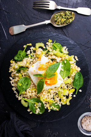 healthy dinner, boiled bulgur with spinach and egg