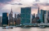 """Постер, картина, фотообои """"Красивый закат над Манхэттена. Городской пейзаж Нью-Йорка"""""""