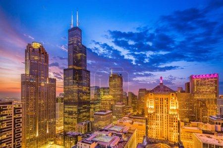 Chicago, Illinois, USA downtown city skyline at dusk.