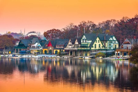 Philadelphia, Pennsylvania, USA dawn on the Schuylkill River at Boathouse Row.