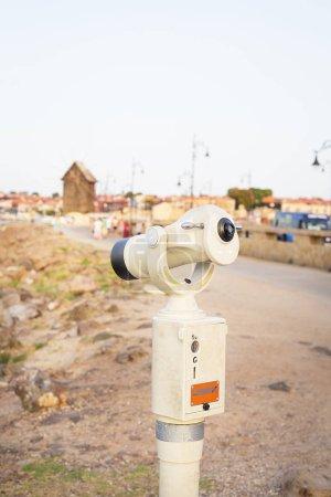 Photo pour Télescope à la mer, Nessebar Bulgarie. - image libre de droit