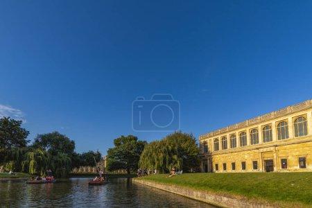 Photo pour Août 23, 2019, tour de ville à Cambridge au Royaume-Uni, Cambridge collèges et autres attractions touristiques . - image libre de droit