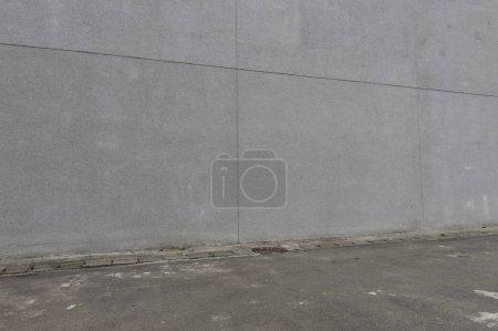 Photo pour Fond de wall Street, le contexte industriel, rue urbain vide grunge avec mur de briques d'entrepôt - image libre de droit