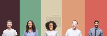 Photo pour Collage de groupe de jeunes et de personnes âgées sur fond isolé coloré langue collante heureux avec une expression drôle. Concept d'émotion . - image libre de droit