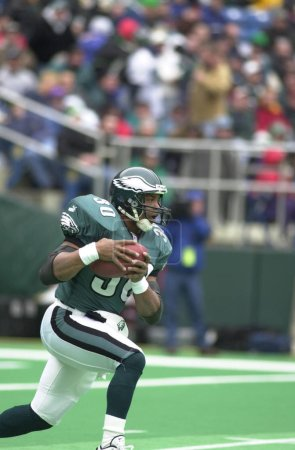 Brian Mitchell Running Back and Punt returner for the Philadelphia Eagles in game action during a regular NFL season game. Brian Mitchell is a former NFL football running back and return specialist in the National Football League.