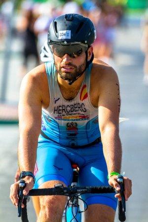 ROTA, SPAIN - SEPT 04: Unidentified triathlete participating on  XXI triathlon Herbalife Villa de Rota on September 04 , 2016, in Rota , Spain