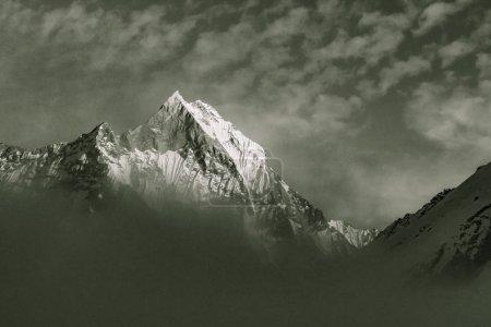 Sternenhimmel über Machhepuchare und Annapurna Base Camp - Nepal, Himalaya