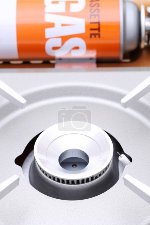 Photo pour Poêle à gaz portable sur fond blanc - image libre de droit
