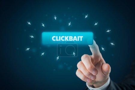 Photo pour Clickbait (clic-appât) dépêches concept internet. Journalisme liée à la commercialisation dans le monde en ligne. - image libre de droit