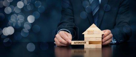 Photo pour Mise en œuvre de la domotique à votre maison. Maison intelligente, maison intelligente, domotique et concept domotique . - image libre de droit