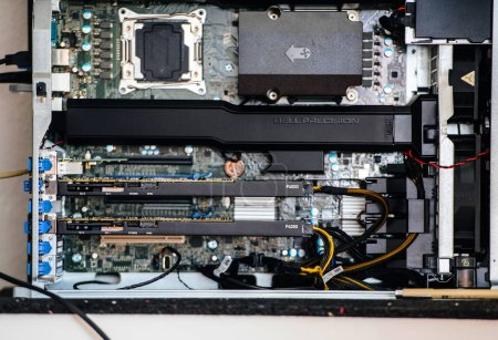 Powerful Dell Precision T7910 workstation with one Intel Xeon CP