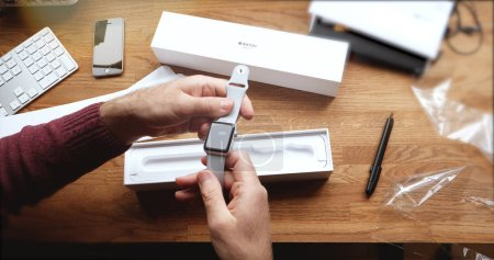 POV unboxing and first run of Apple Watch Series 3