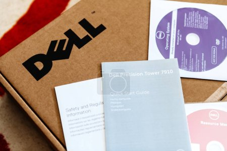 Dell Computer workstation unboxing