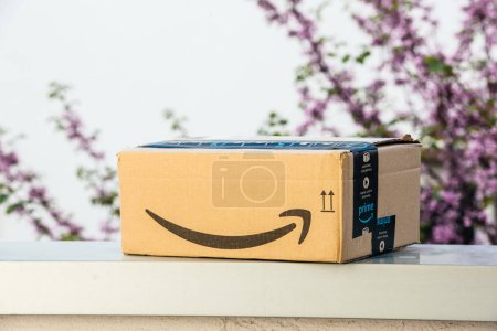 Amazon Prime Fast delivery left outdoor