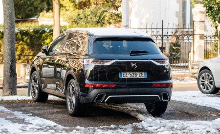 Black luxury new Citroen DS7