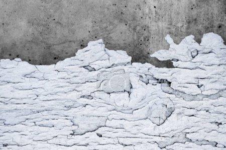 Photo pour Baises fond de Texture, de personnes âgées en bois et de Surface Grunge en couleur blanche sur sol en béton, Style rétro Vintage sur fond de peinture fissuré avec Clipping Path - image libre de droit