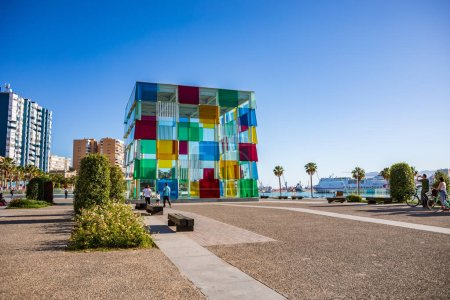 Photo pour MALAGA, COSTA DEL SOL, ESPAGNE - CIRCA MAI, 2019 : Port de Malaga sur la Costa del Sol en Andalousie, Espagne - image libre de droit