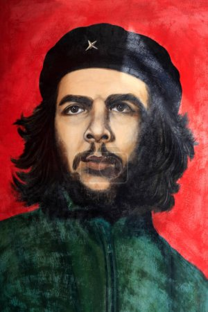 Foto de La Habana, Cuba - 10 de enero de 2019: Che Guevara pintura en la Habana Vieja. Tomado el 10 de enero de 2019 en la Habana Vieja, Cuba. - Imagen libre de derechos