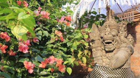 Photo pour Temple Tirta Empul à Ubud, Indonésie - image libre de droit