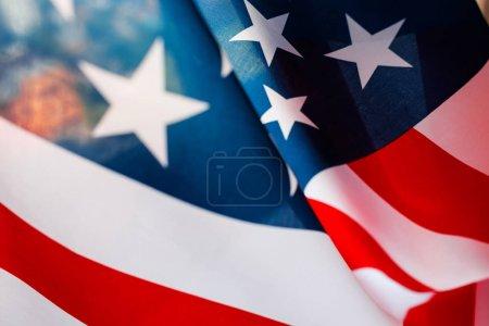 Photo pour Vague du drapeau américain close up pour le 4 juillet . - image libre de droit