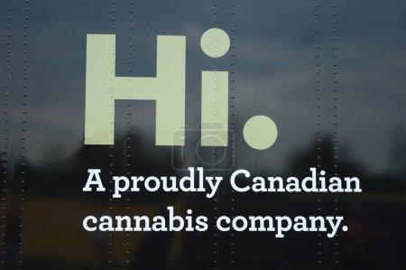 Photo pour Smiths Falls, On, Canada - 25 août 2018 - une image éditoriale prise au Festival Shindig Tweed - signe logo Tweeds Hi sur fond noir. - image libre de droit