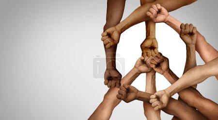 Photo pour Groupe de protestation pour la paix et le partenariat pour l'unité et la diversité des manifestants comme mains dans le poing de personnes diverses connectées ensemble comme symbole de résistance non violente de la justice et luttant pour une bonne cause . - image libre de droit