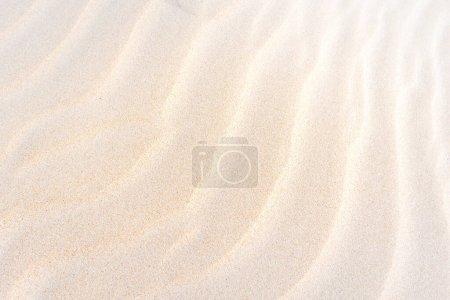 Photo pour Sable doré dans la dune, fond de sable dans le désert - image libre de droit