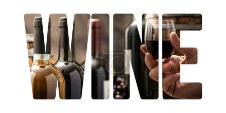 Photo pour Vin et fine boire concept: sommelier tenant un verre à vin et découper du texte - image libre de droit
