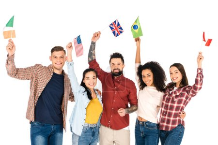 Photo pour Groupe multi-ethnique de gens souriants avec des drapeaux des différents pays au-dessus de tête isolé sur blanc - image libre de droit