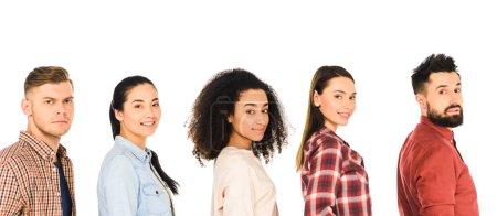 Photo pour Groupe multiethnique de jeunes heureux isolés sur blanc - image libre de droit