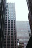 """Постер, картина, фотообои """"Городские сцены с архитектурой города Нью-Йорка и ясного неба, США"""""""